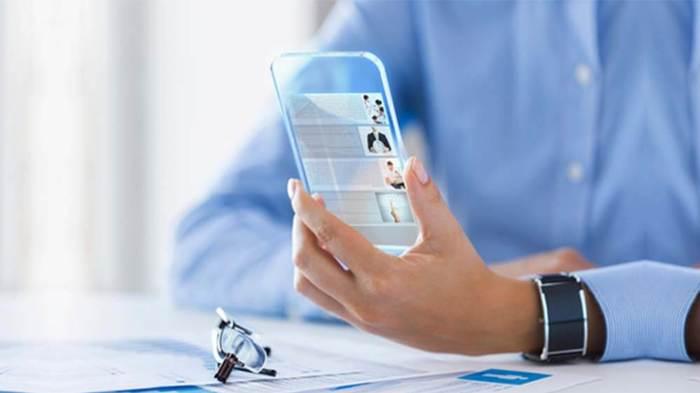 নতুন প্রযুক্তির স্মার্টফোন ব্যবহারের সুবিধা ও অসুবিধা