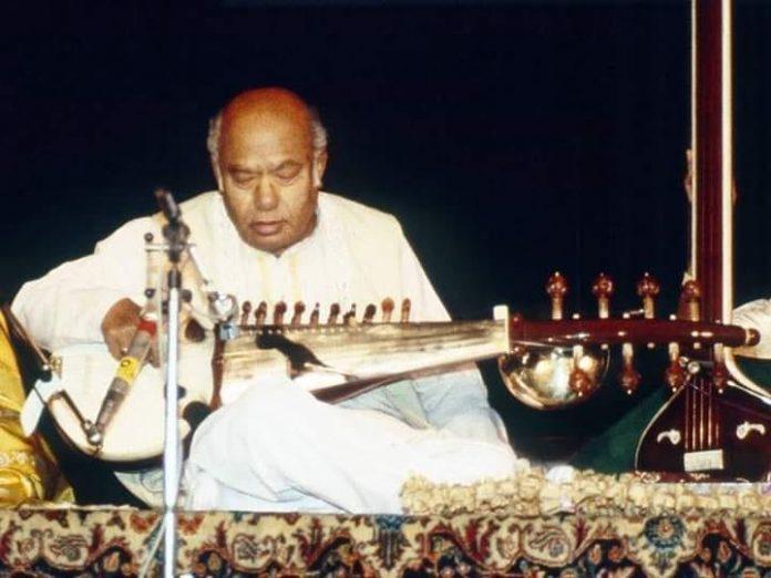 আলী আকবর খান