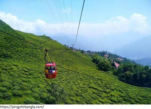 Ropeway,_Darjeeling,_Photo-2